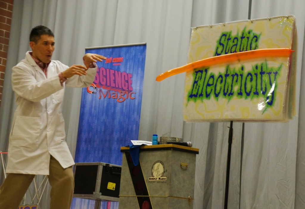 Demonstrating static electricity and other forces at a Tacoma school